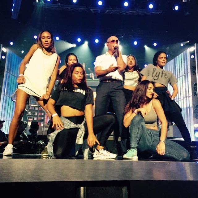 New Photos: Pitbull rehearsing for Billboard Music Awards.