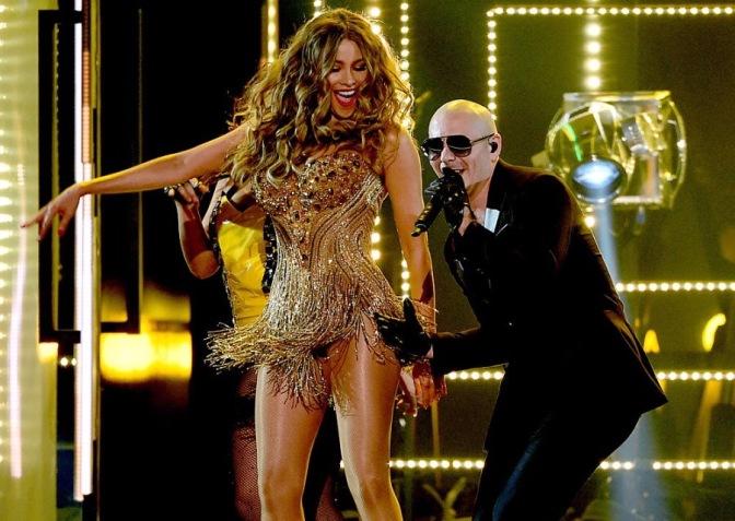 Pitbull Shuts Down the GRAMMYs!