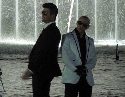 Pitbull Takes over the Bellagio Water Show with Robin Thicke, Joe Perry, and Travis Barker