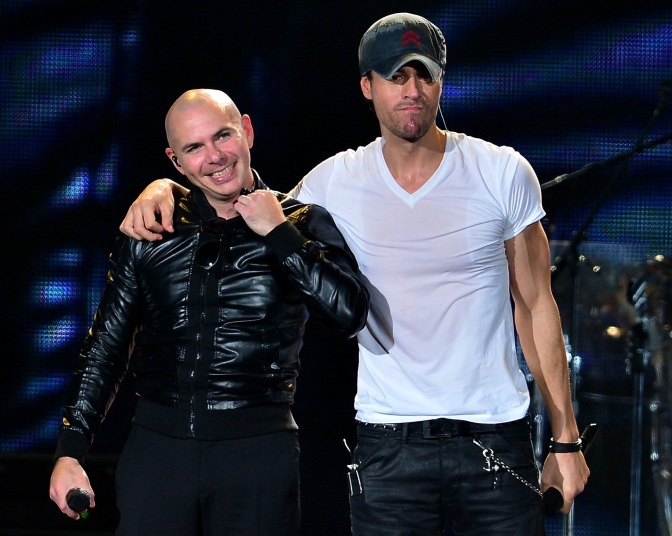Pitbull and Enrique Iglesias to have 'Throwback' Moment at Premios Juventud