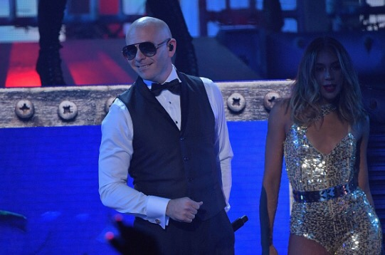 Pitbull Heats Up The 13th Annual Premios Juventud