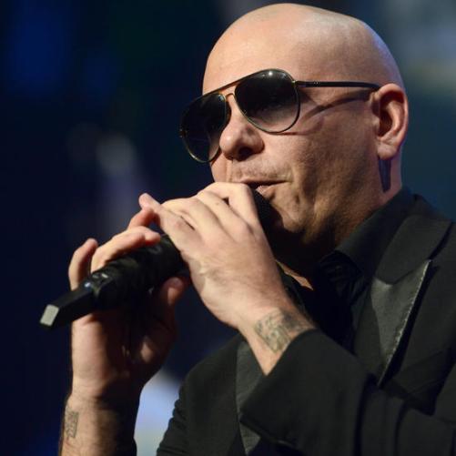 mc-pitbull-performs-at-ppl-20160805-002